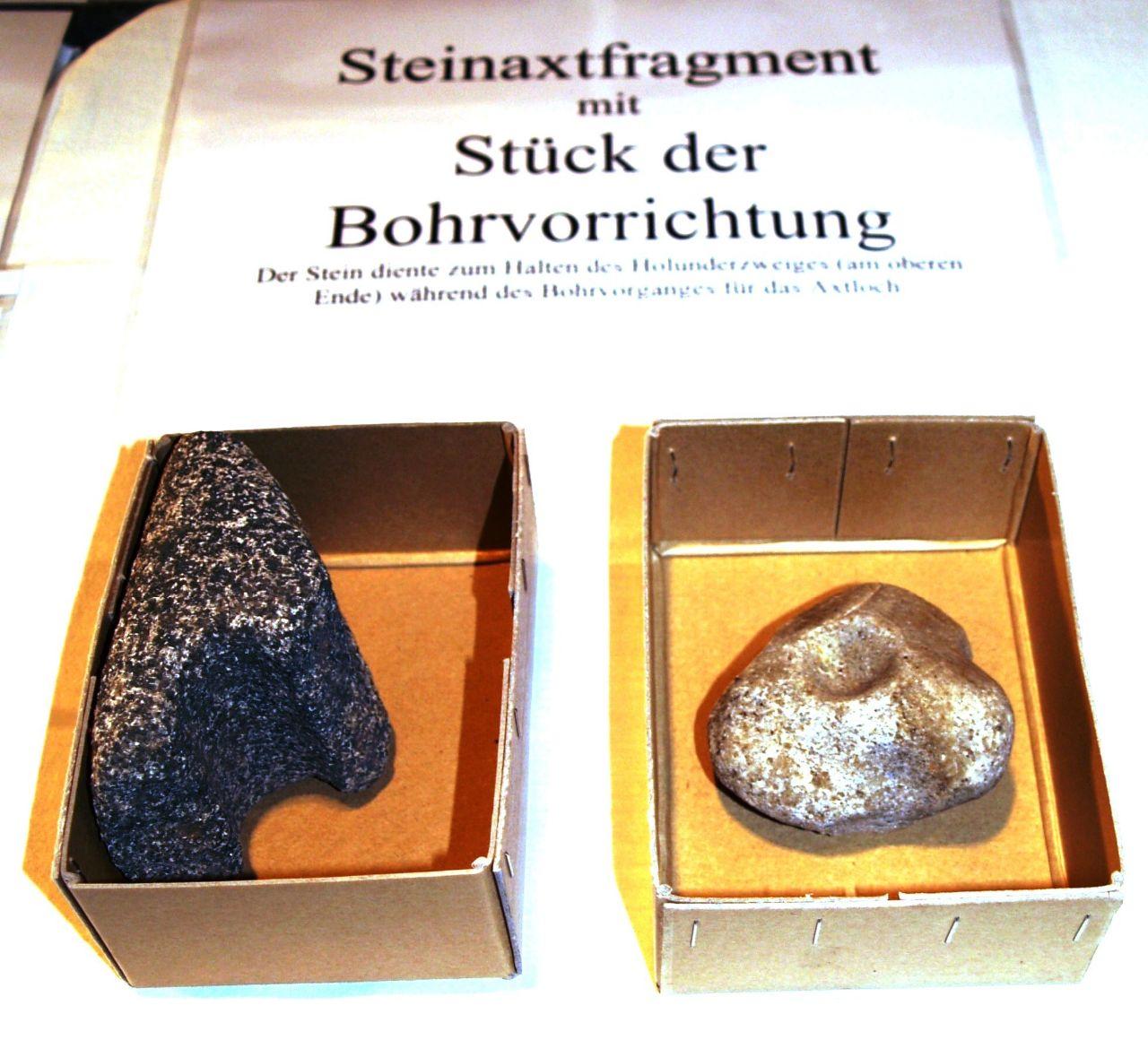 Steinaxtfragment