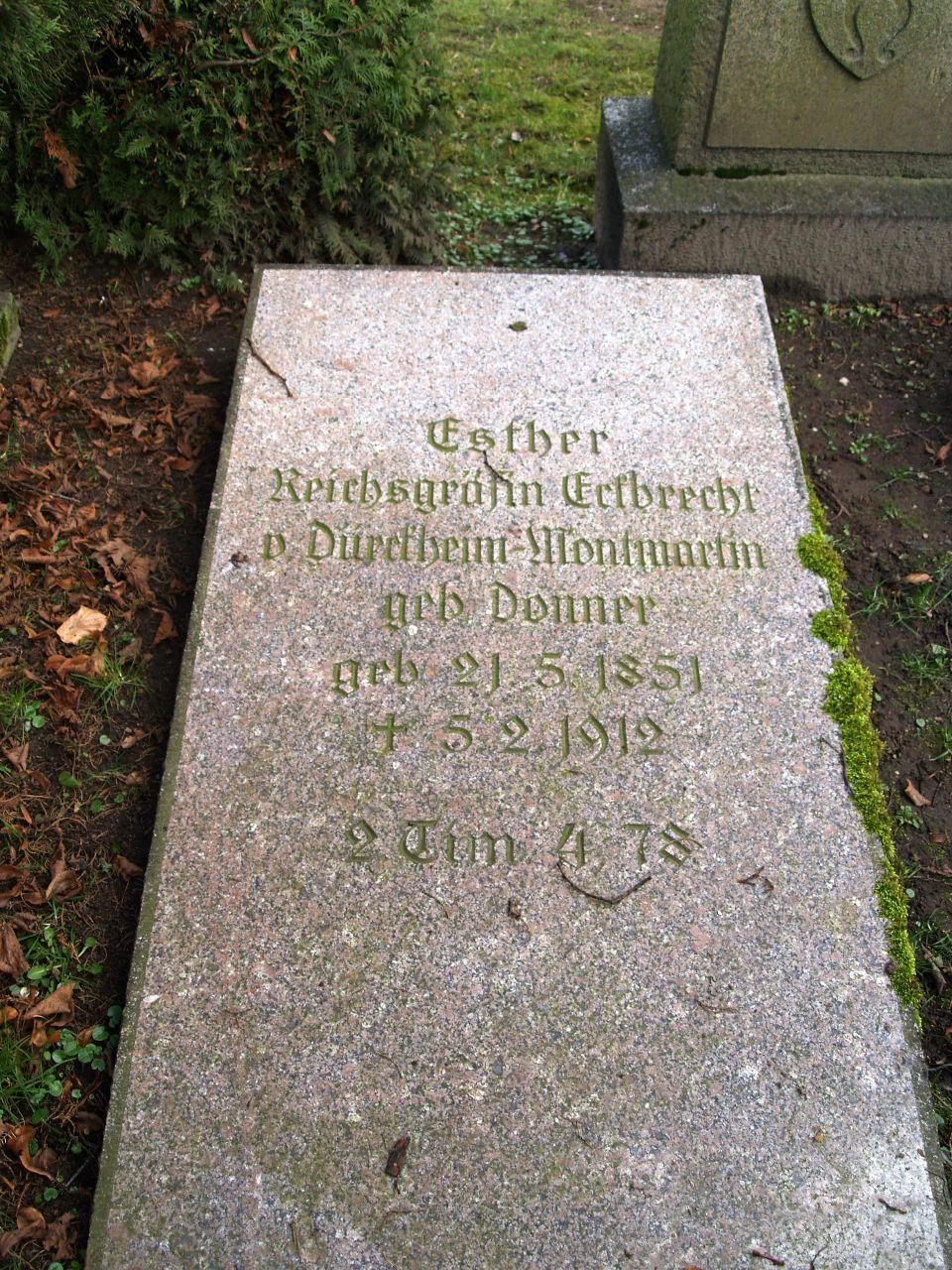 Esther Reichsgräfin von Dürckheim-Montmartin geb. Donner