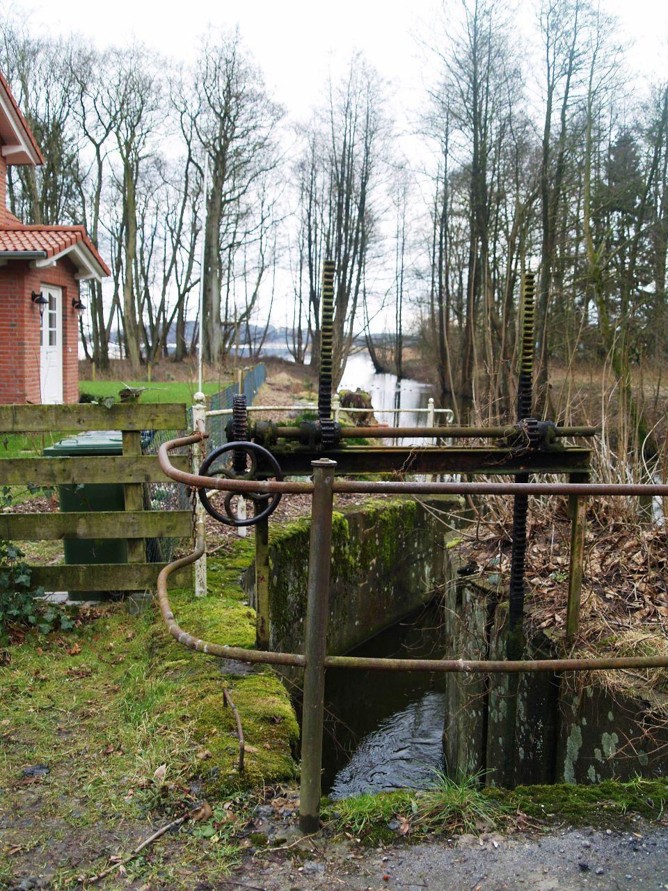 Das alte Wehr an der Mühle