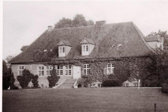 Das neue Herrenhaus auf dem Gut Depenau 1959 nach dem Ausbau