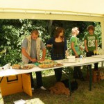 Die Jugend des AV Stolpe sorgte für Häppchen und Getränke