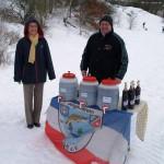 Prof. Gohlke mit Frau vom Angelverein Stolpe