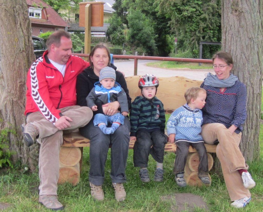 Die neue Bank am See mit Familie Braasch