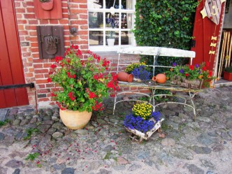 Café re-natur Eingang Sommer