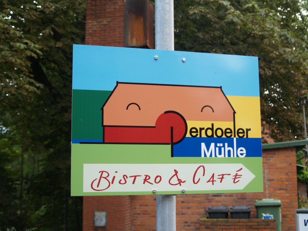 Schild Bistro und Café