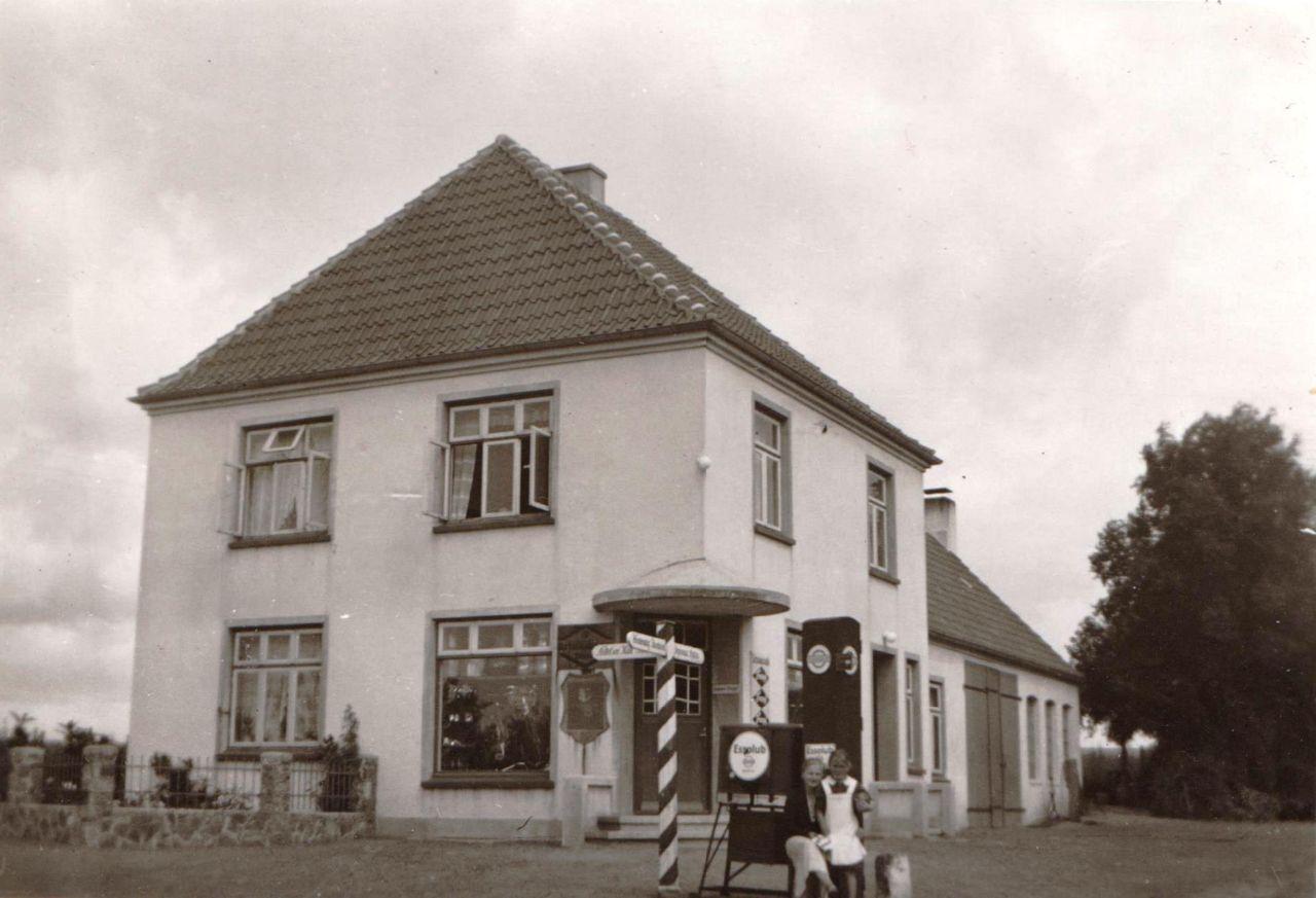 Wohnhaus mit Schmiede 30er - 40er Jahre