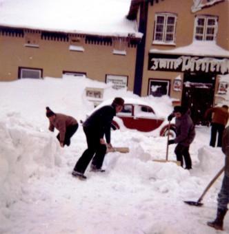 Schneeschippen