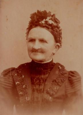 Lena-Tante