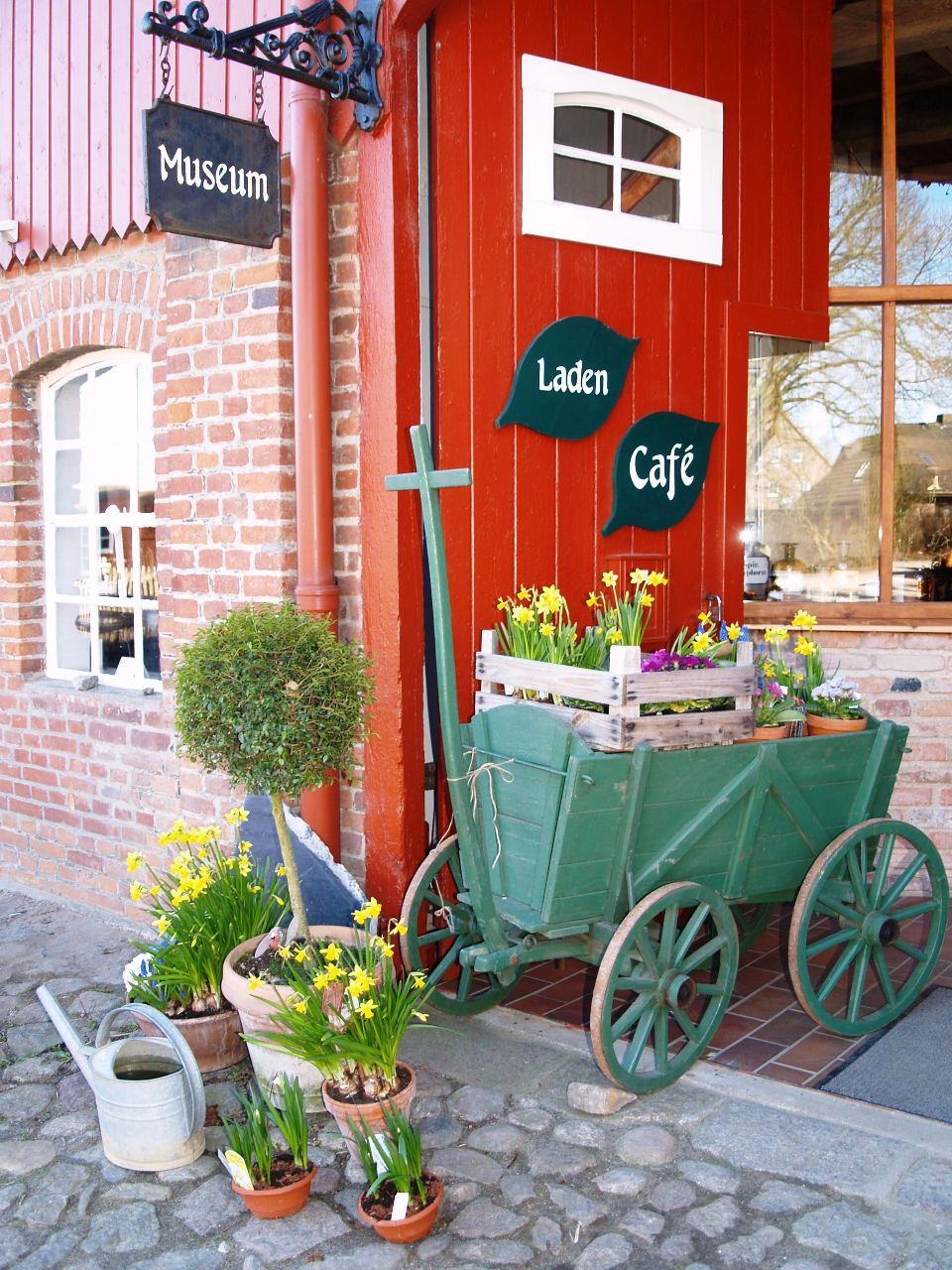 Eingang zum Kräuterladen