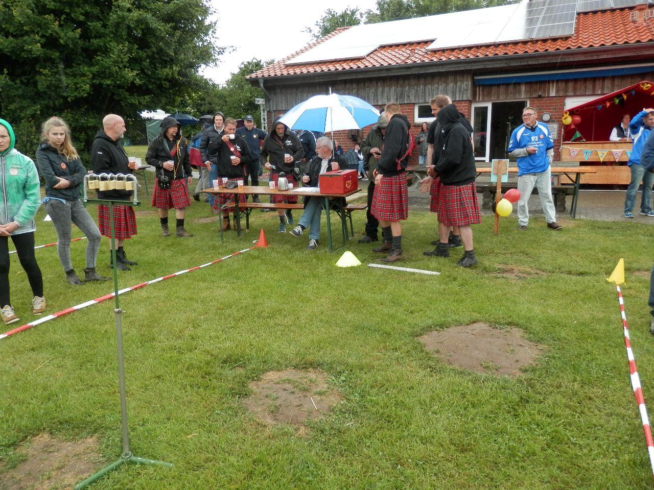 Die Highlander am Schließer-Stand